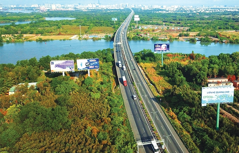 New expressways lift up interconnectivity