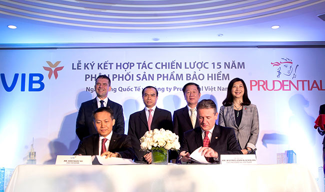 Prudential Vietnam, VIB cooperate to distribute bancassurance products