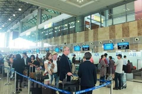 vietnamese airports host more than 100 million passengers in 2018