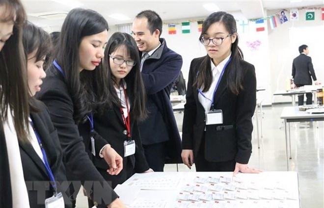 Japanese firms seek to recruit Vietnamese labourers