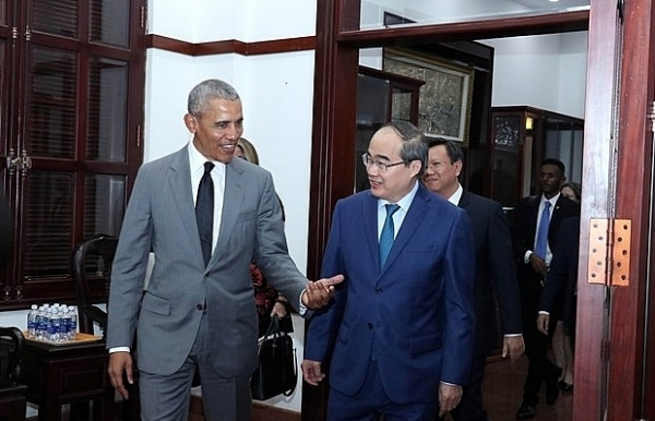 hcm citys party leader receives former us president