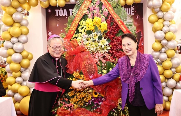 NA leader pays pre-Christmas visit to Archdiocese of Hue