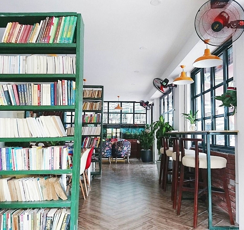 cosy coffee and book shops popping up in vietnam