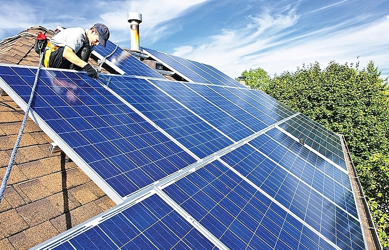 FiT for rooftop solar to drop 30 per cent