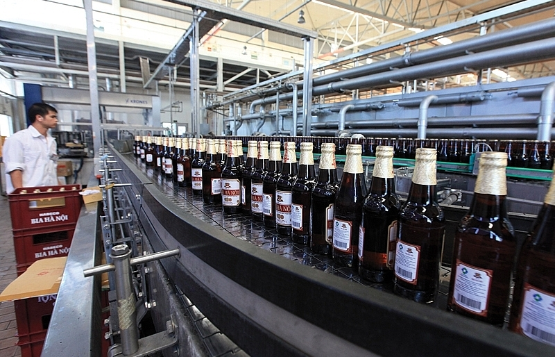 Domestic brewers expand operations to fight back foreign competitors