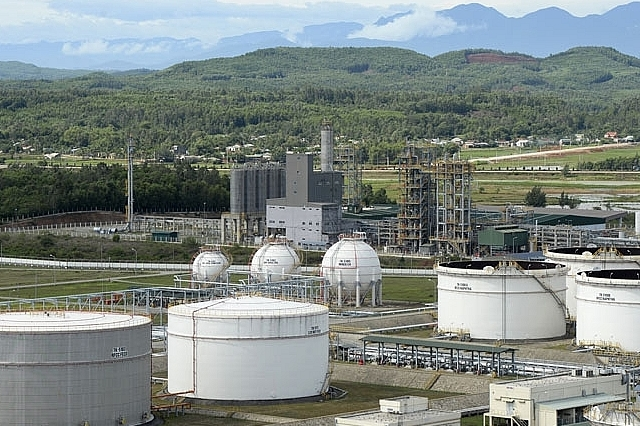 Dung Quat Oil Refinery may suspend operation due to COVID-19 pandemic