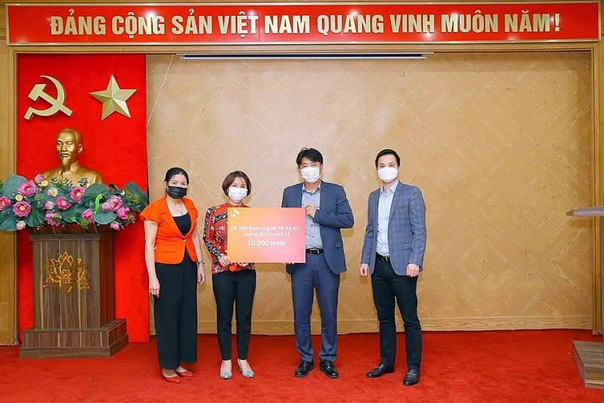 sk vietnam donates sars cov2 diagnosis test kits to hanoi