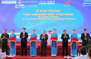 hict services first vessel on north vietnam north america rotation