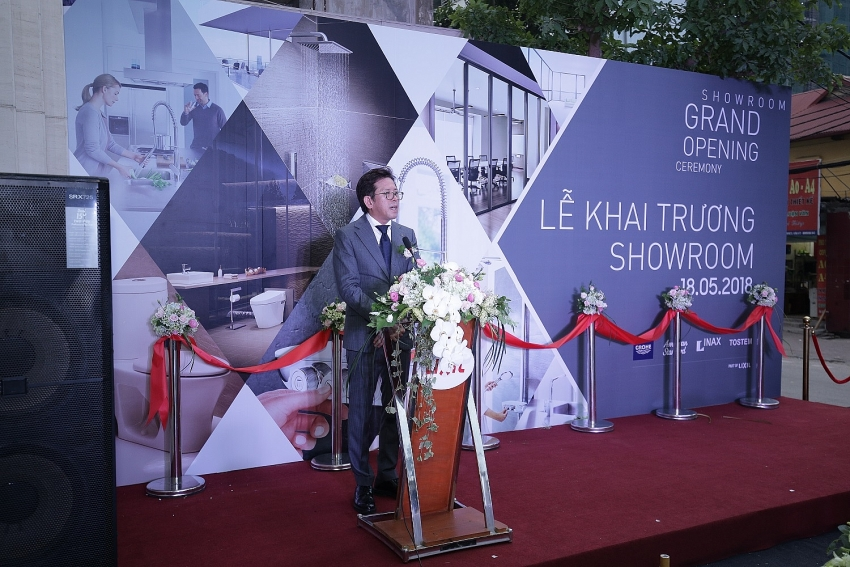 hanoi gets first lixil flagship store