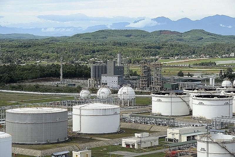 PetroVietnam proposal to stop importing petroleum refused