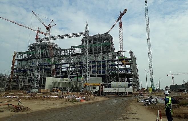 Three billion-dollar thermal power plants running behind schedule