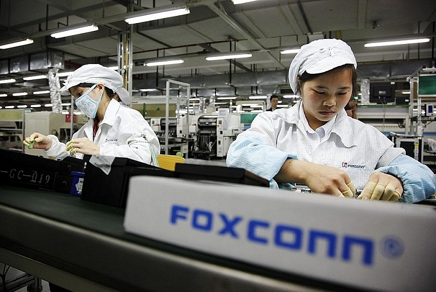 Foxconn to invest in television assembly factory in Quang Ninh