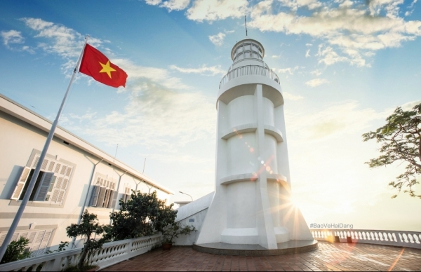 dulux from akzonobel maintains the beauty of the second lighthouse in vietnam