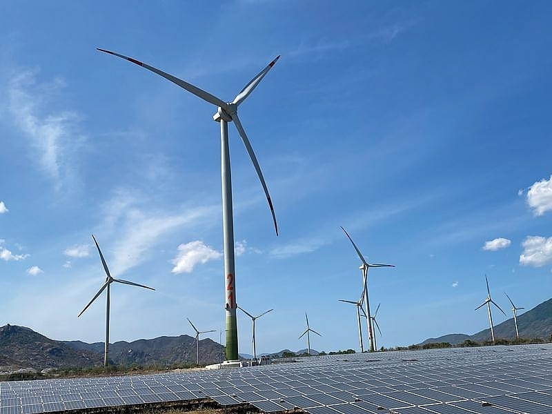 Gulf Energy buys local firm to acquire two wind farms