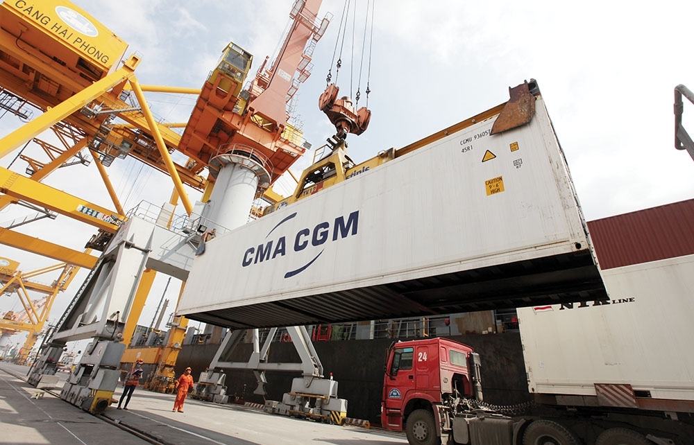Enterprises risk losing export markets due to ocean freight cost