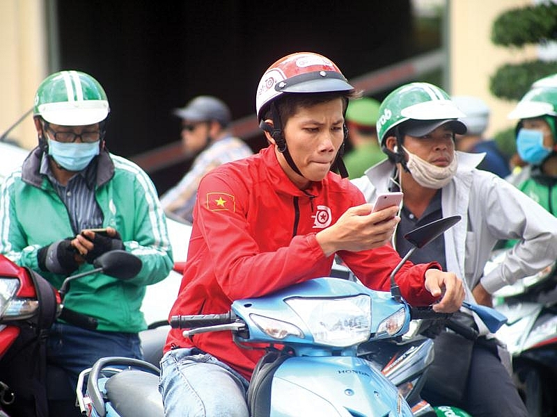 grab and gojek come closer to merger deal