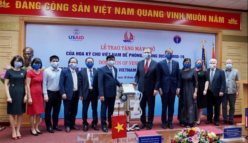 US provides ventilators to help Vietnam respond to COVID-19