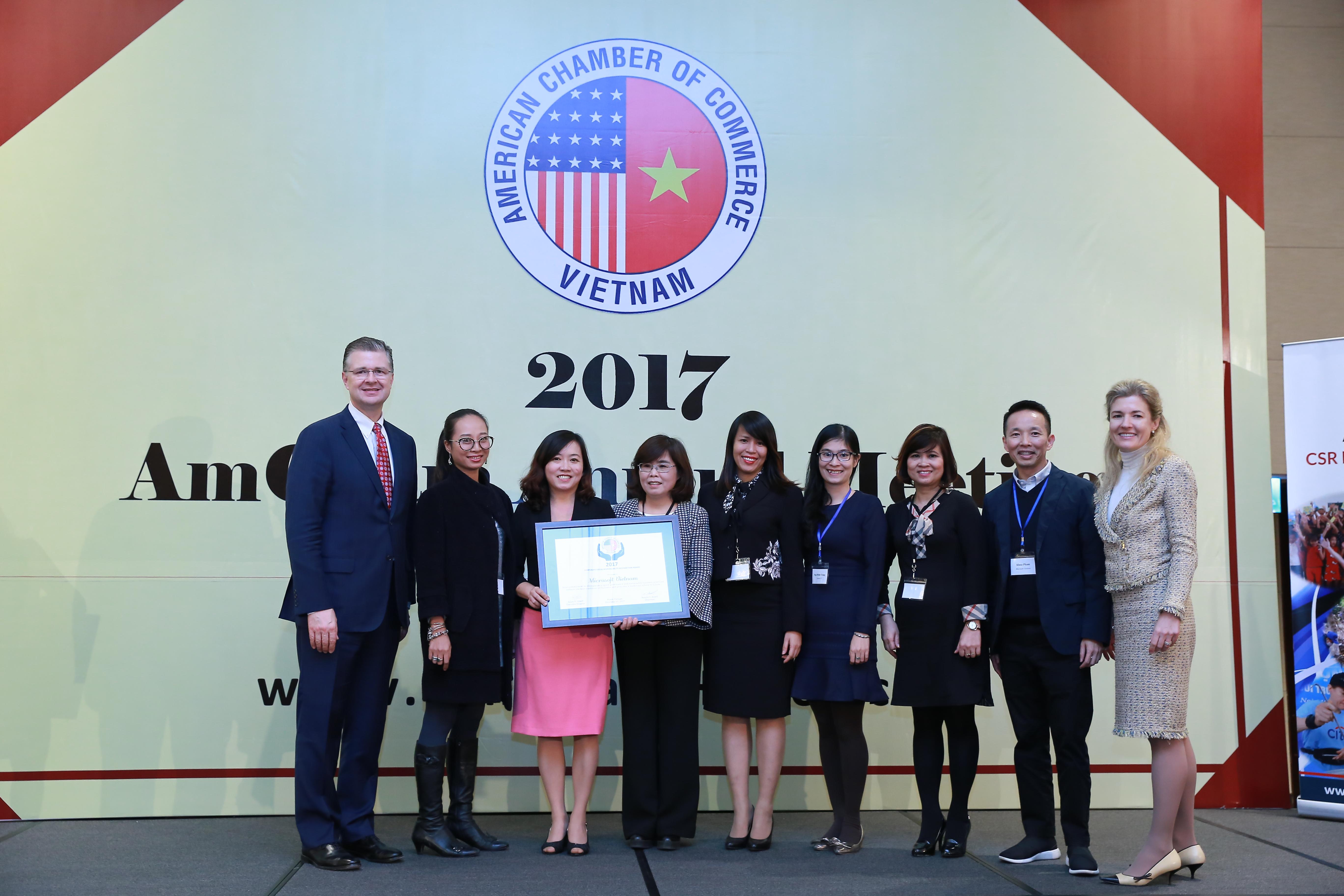 microsoft vietnam receives third csr recognition award