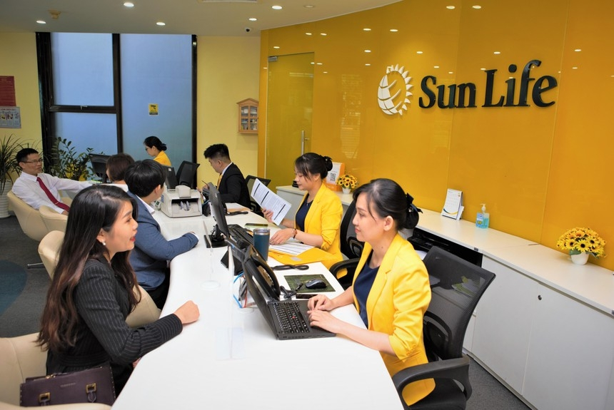 Sun Life Vietnam increases charter capital