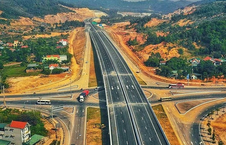 $800 million Tan Phu-Dong Nai Expressway to be built in 2021-2025 under PPP model