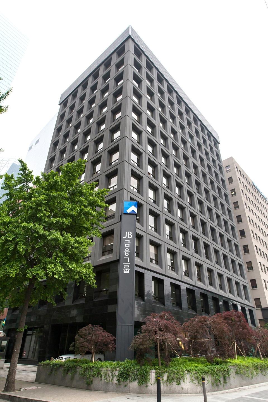 JB Financial acquires Vietnam-based Morgan Stanley Gateway Securities