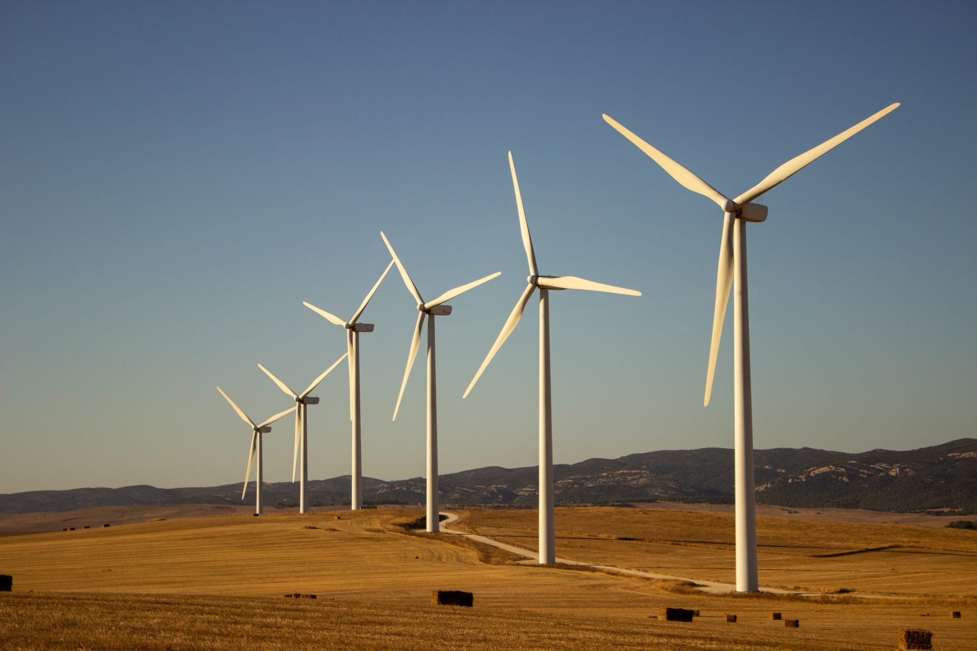 Mitsubishi to build onshore wind farm in Laos to sell electricity to Vietnam