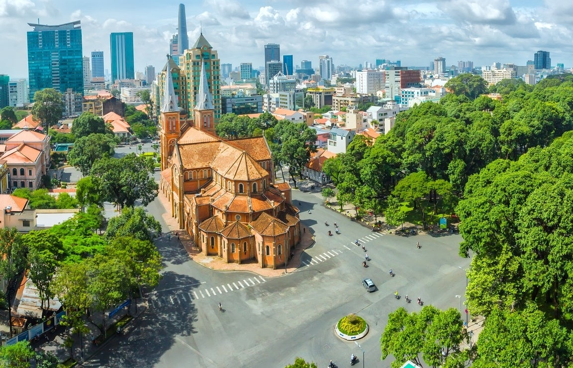 Two scenarios for Vietnamese economy in 2021 and stellar expectations for 2022