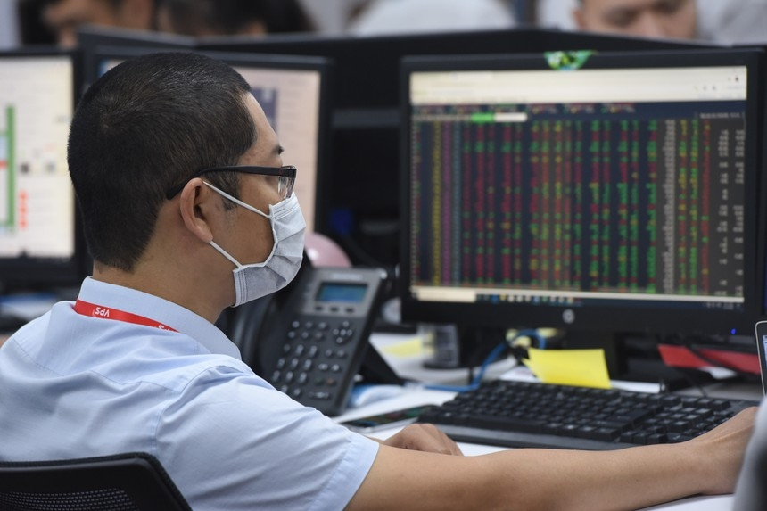 Vietnam's stock market might implement short selling and intraday trading