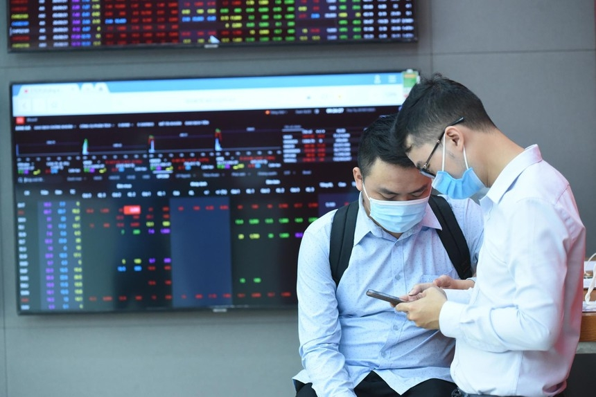 Vietnamese stock market to benefit from fast-paced vaccination in H2: PYN Elite
