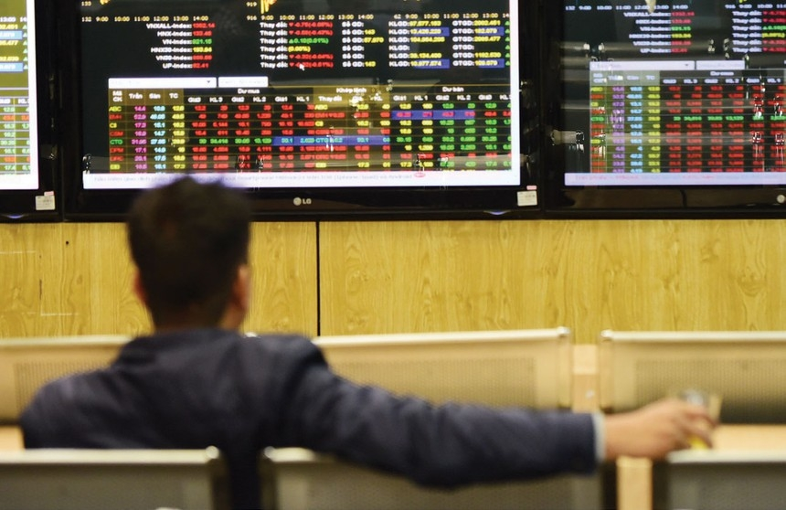 Kuwait removal boosts Vietnam stock proportion on MSCI Frontier Markets 100 Index