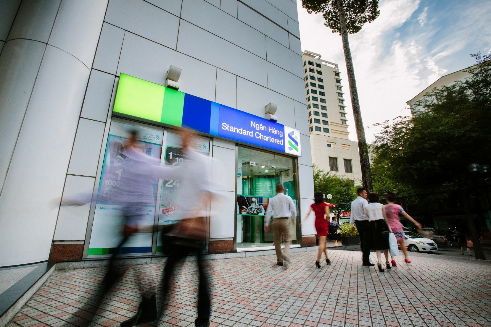 Standard Chartered celebrates 115th year of business in Vietnam