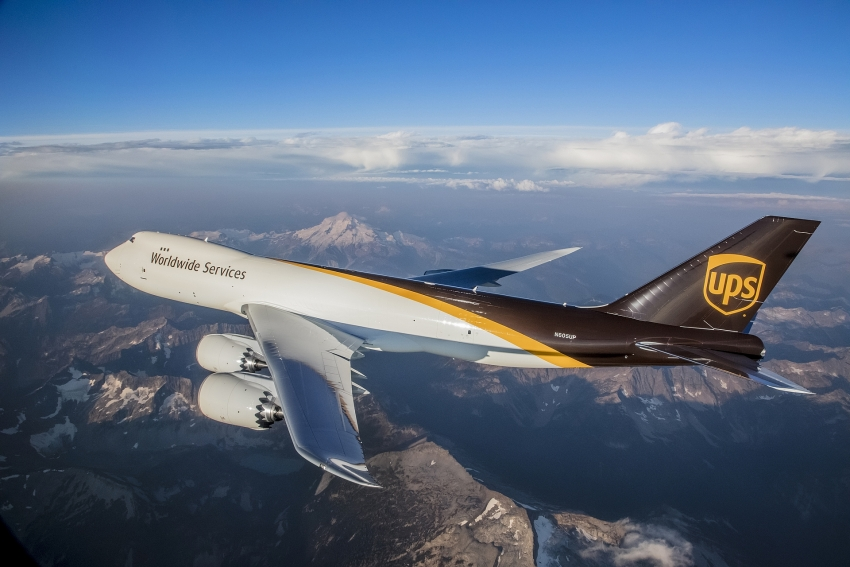 ups commits to purchasing 14 additional 747 8f freighters and orders 4 new 767s