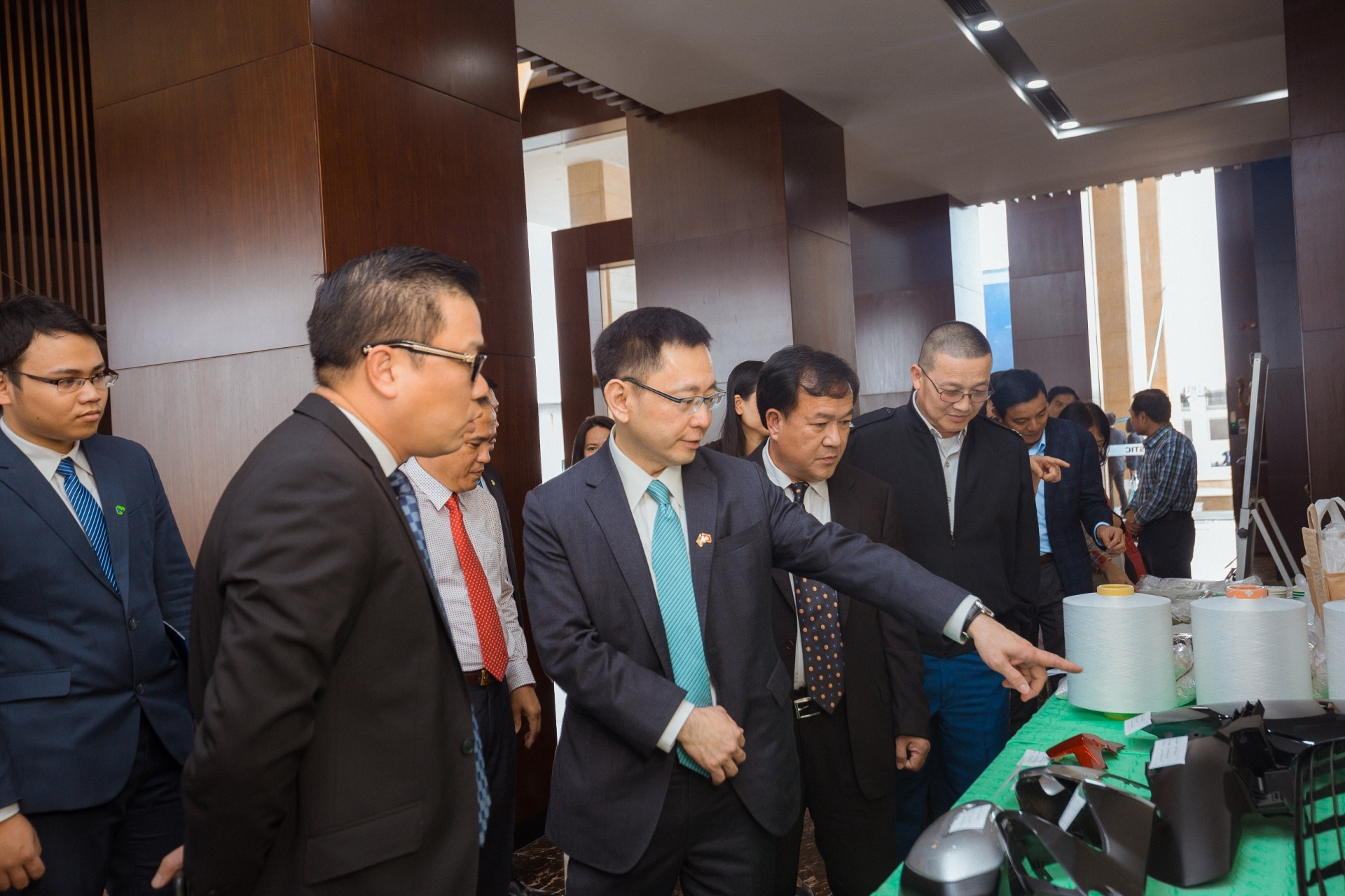 US Embassy lauds An Phat Holdings for new factory in US