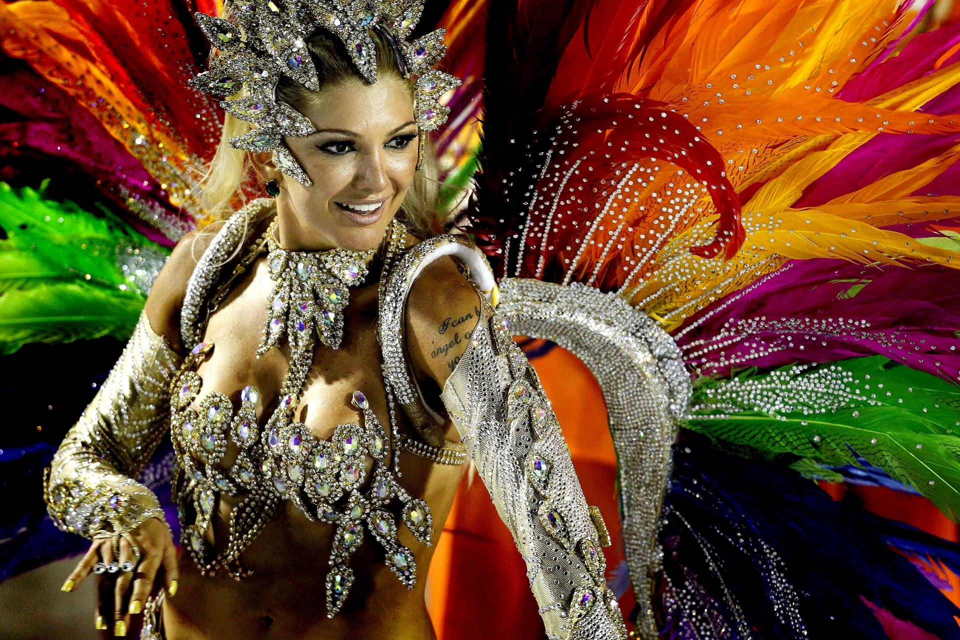 Colourful Rio Carnival at El Patio Restaurant of Melia Hanoi Hotel