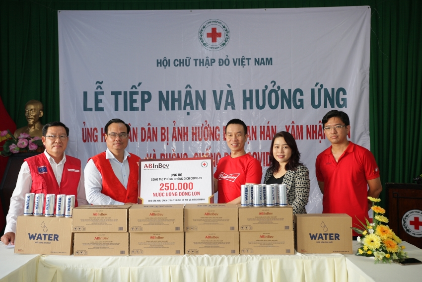 ab inbev donates 250000 cans of mineral water to isolation centres in vietnam