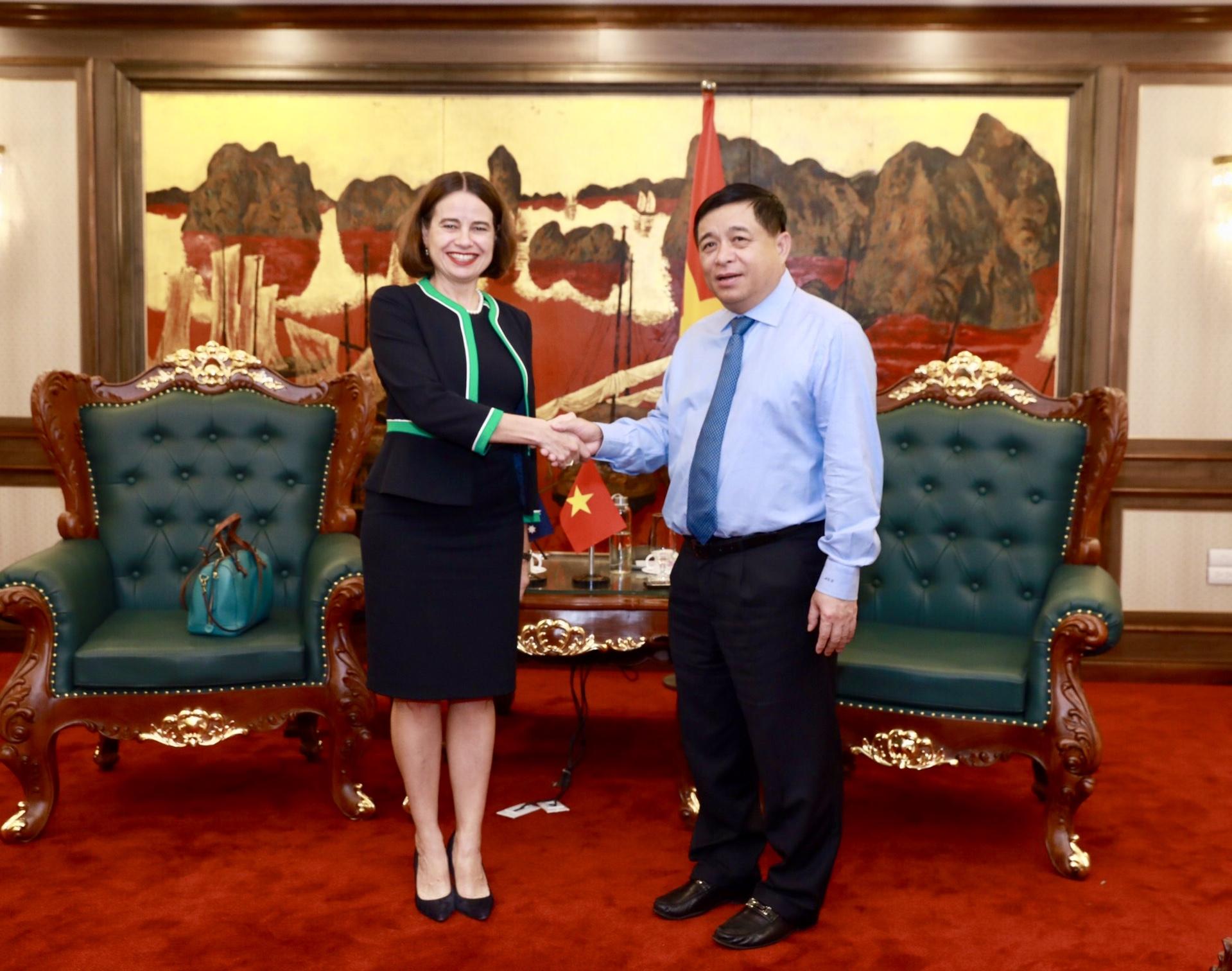 Australia supports Vietnam's long-term response to COVID-19