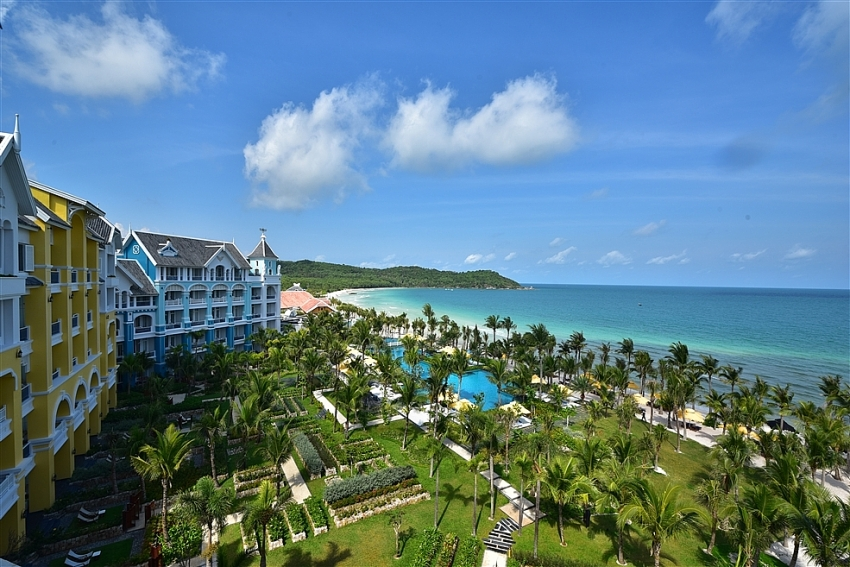 two sun group resorts named among worlds best