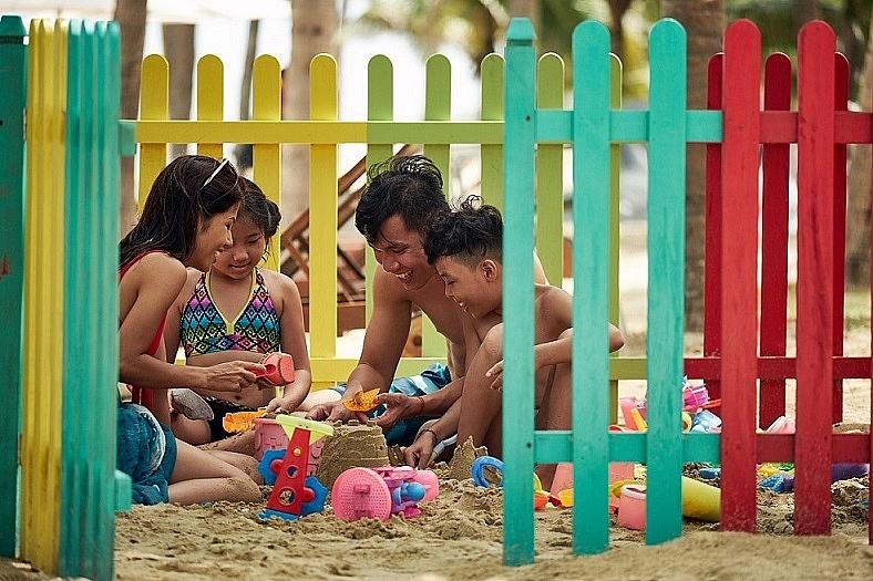 southeast asia luxury family beach resort for sun group resort