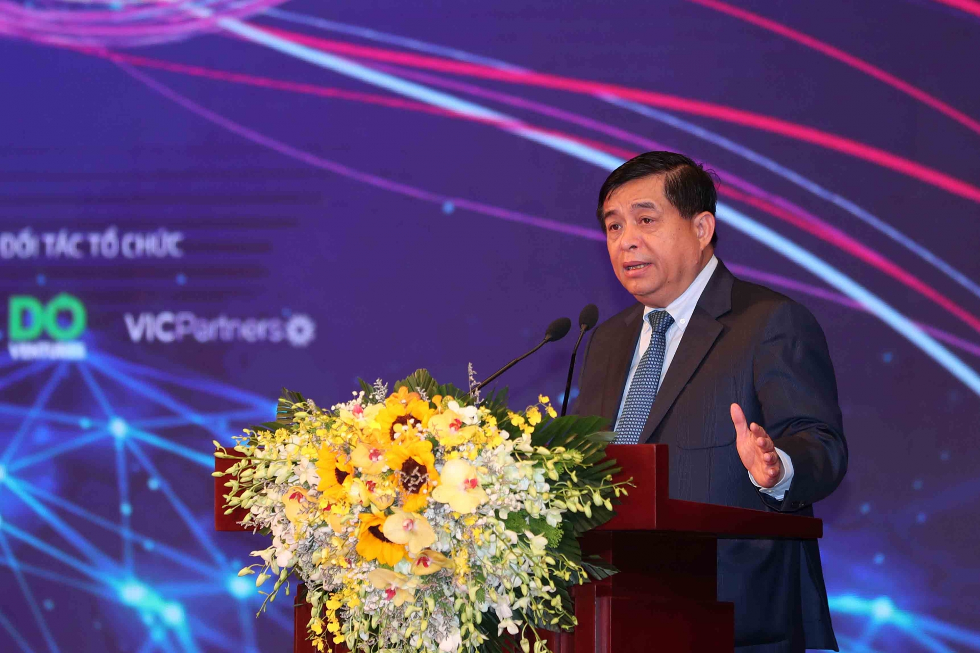 815 million ready for vietnamese startup projects