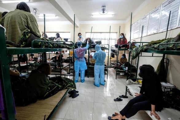 Hanoi spends extra $152 million on COVID-19 screening