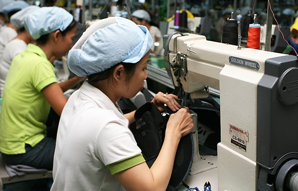 taiwanese shoemaker pou chen granted customs priority