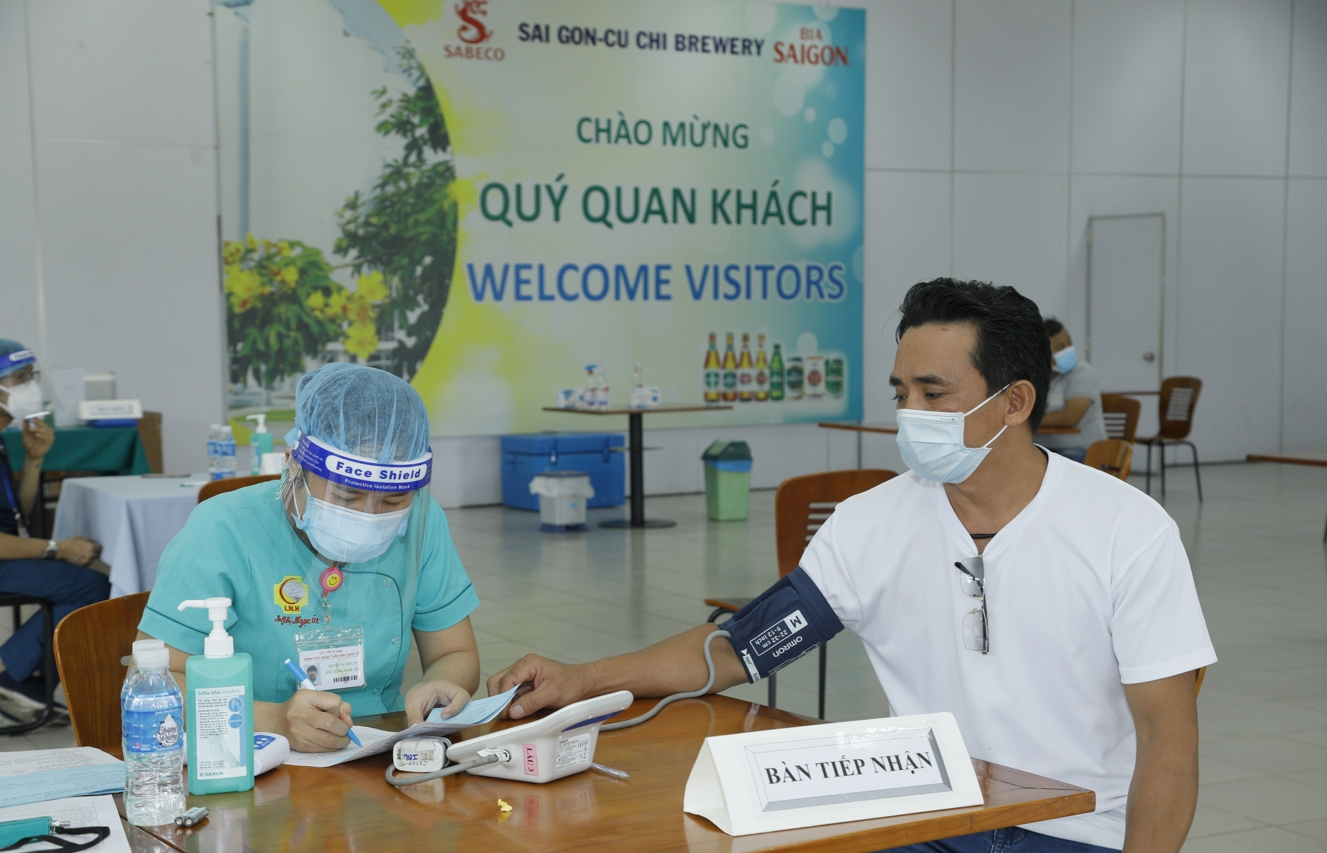 SABECO workers participate in COVID-19 vaccination campaign