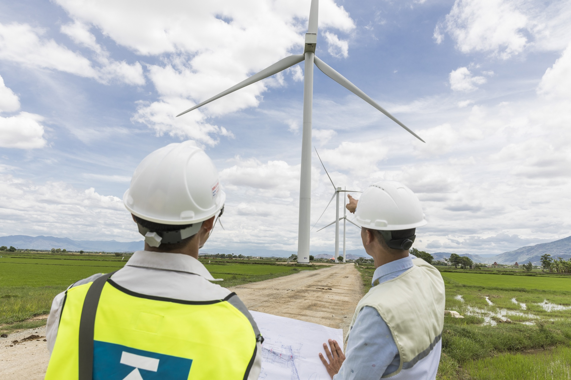 $6.7 billion in wind power investment in Vietnam at risk without COVID-19 relief