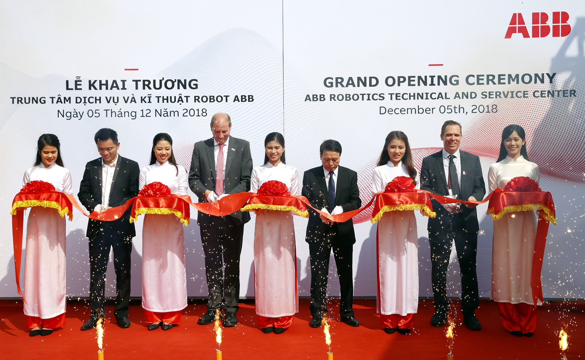 ABB opens the Vietnam's first robotics technical and service centre