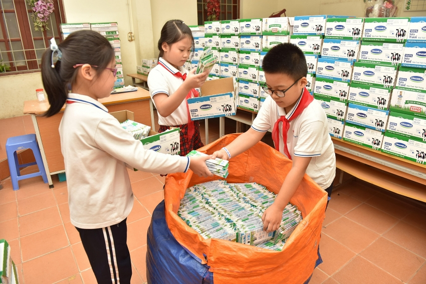 carton collecting competition helps double carton collection volume