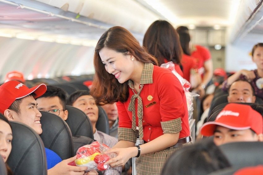 thai vietjet offers super saver fares from just 150 for all 13 routes in thailand