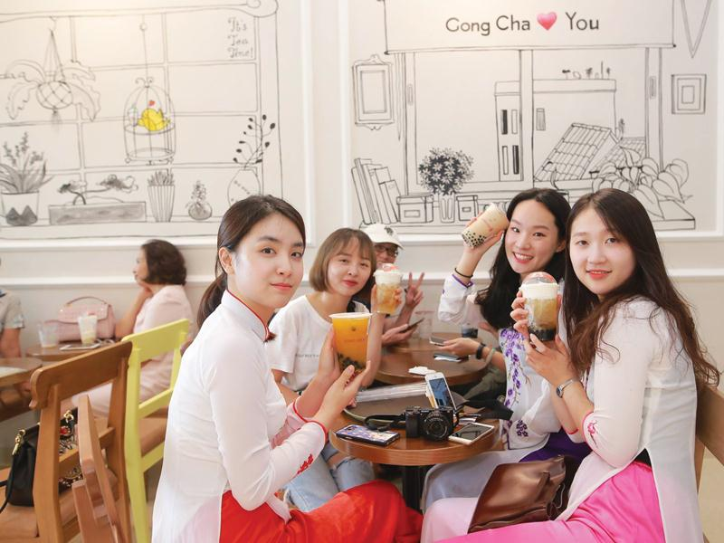 Franchise battle stirring up Vietnamese milk tea market