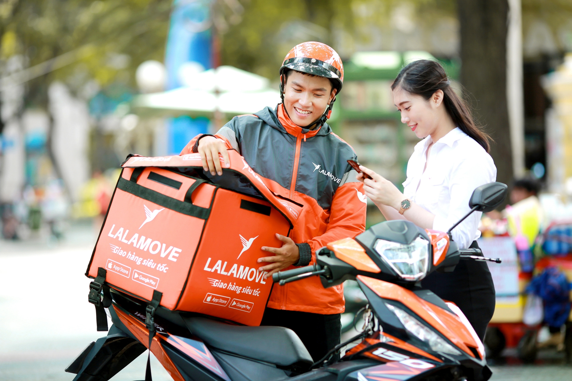 Lalamove adjusts fares to share difficulties with customers