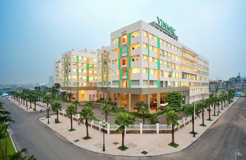 vietnams private hospital chains keep attracting foreign investment