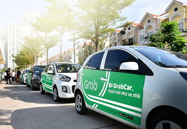 grab bags 850 million from japanese investors